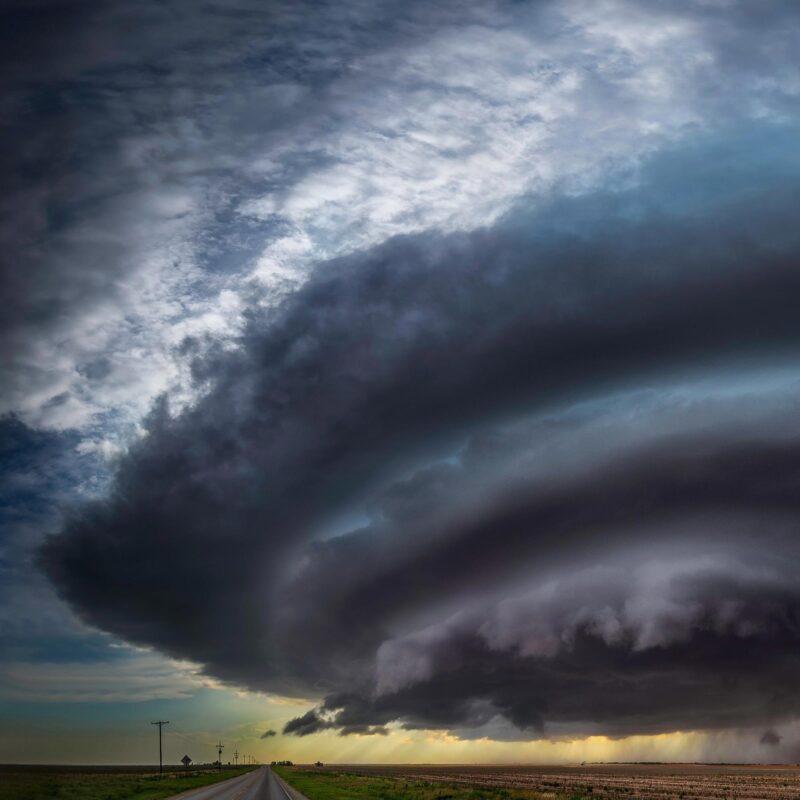 Le mystère des panaches glacés qui pourraient prédire des tempêtes supercellulaires mortelles résolu par des scientifiques de Stanford