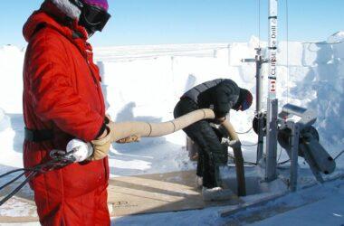 Vacuum Line Borehole Megadunes Antarctica