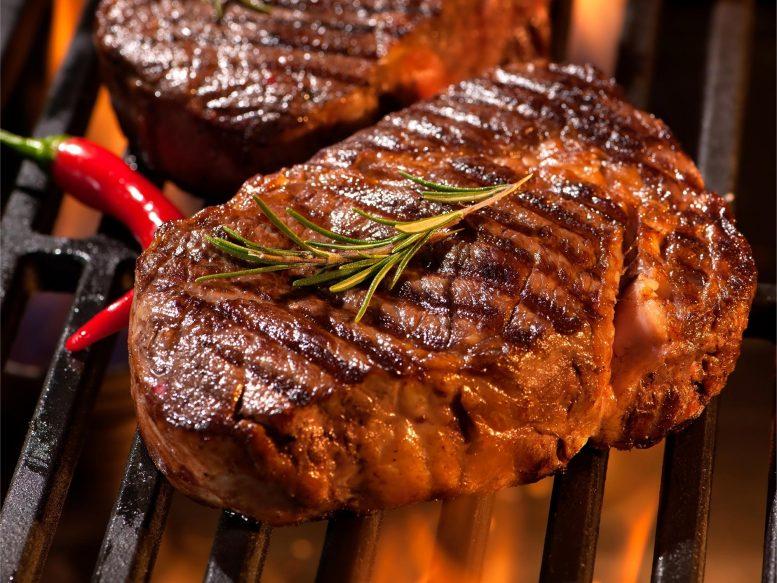 Steaks sur le gril
